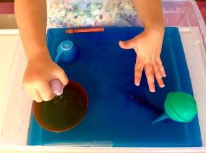 fine-motor-skills-water-play