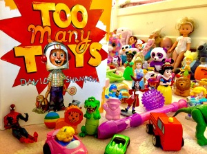 Childrens book, too many toys. helping kids to declutter